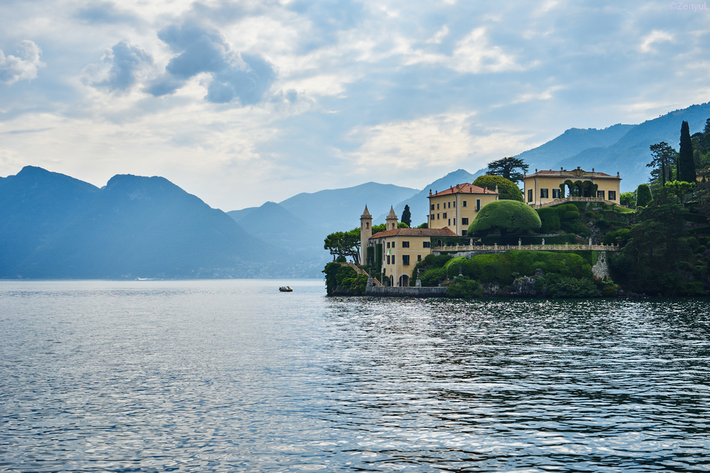 Villa del Balbianello. Very famous 17th century villa, Casino Royale and Star Wars Ep 2 was filmed here.