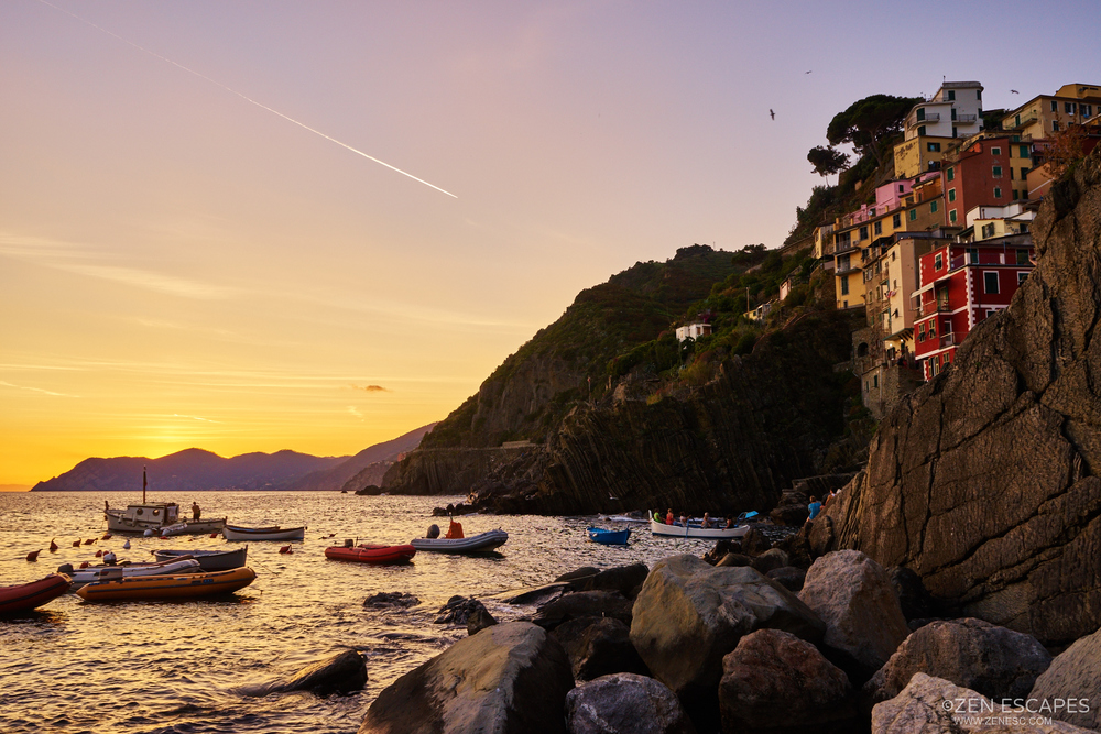 Wanted to get the whole village into the frame together with the sunset, but my lens wasn't wide enough, and I couldn't go further out because of the hide tide.