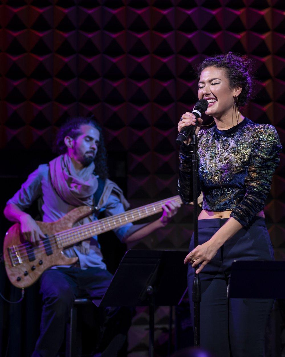 Bam Bam Rodriguez y Nella Rojas. Joe´s Pub.Fotografía Romina Hendlin
