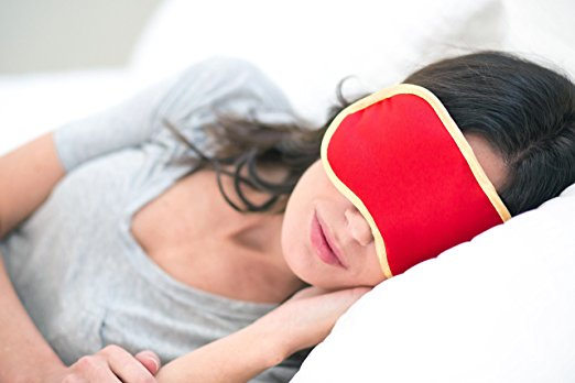 iluminage eye mask.jpg