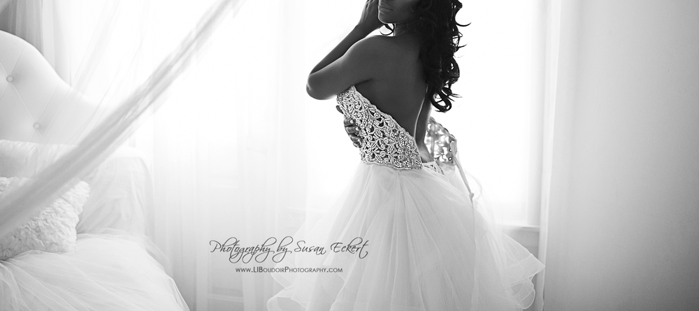 Don't Trash the Dress - Remember the Dress; Boudoir Shoot with your wedding gown