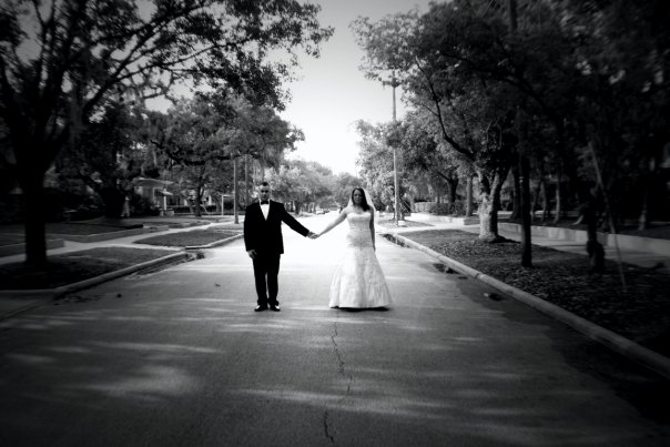 Love this. Our photog was  http://www.luvblu.com/