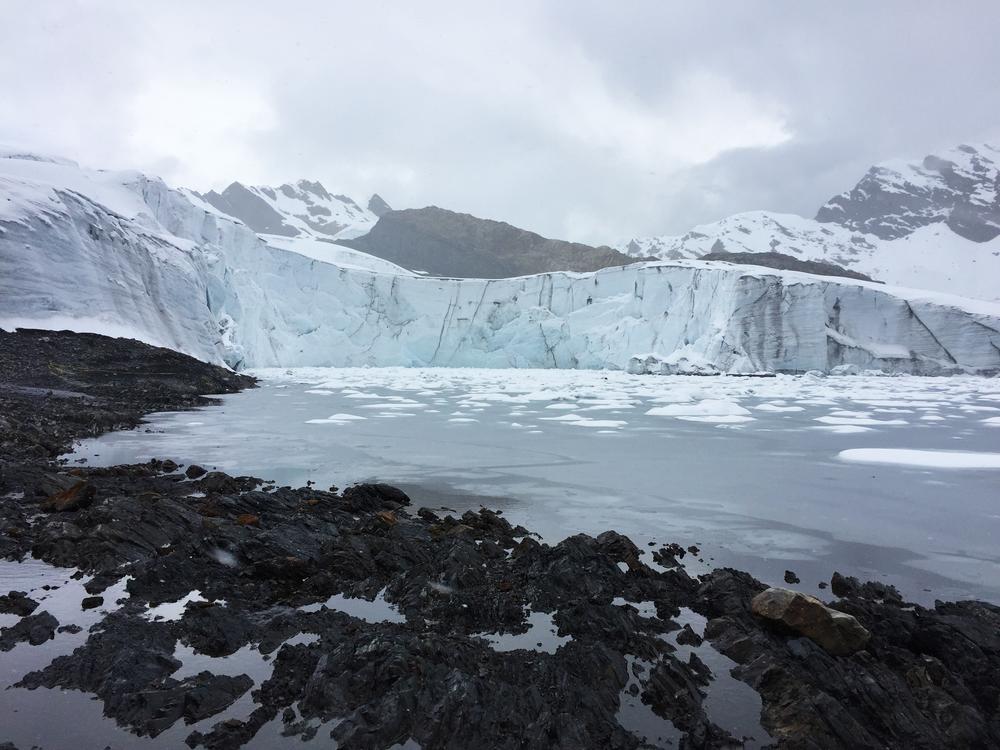 glacierhuaraz.jpg