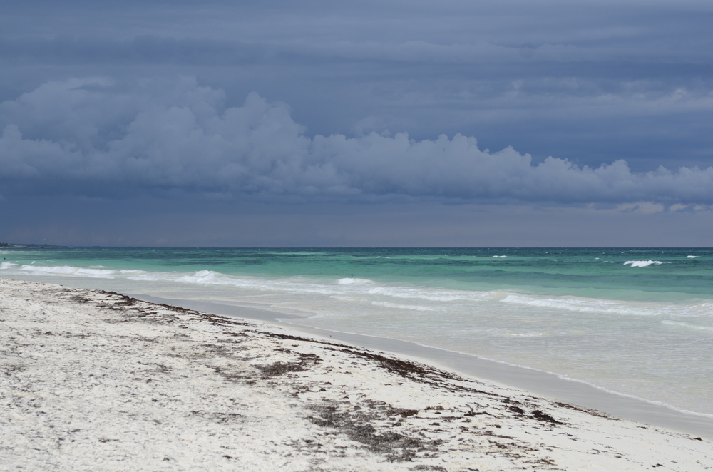 Tropical storm moving in. I found the contrast with the sea particularly beautiful.