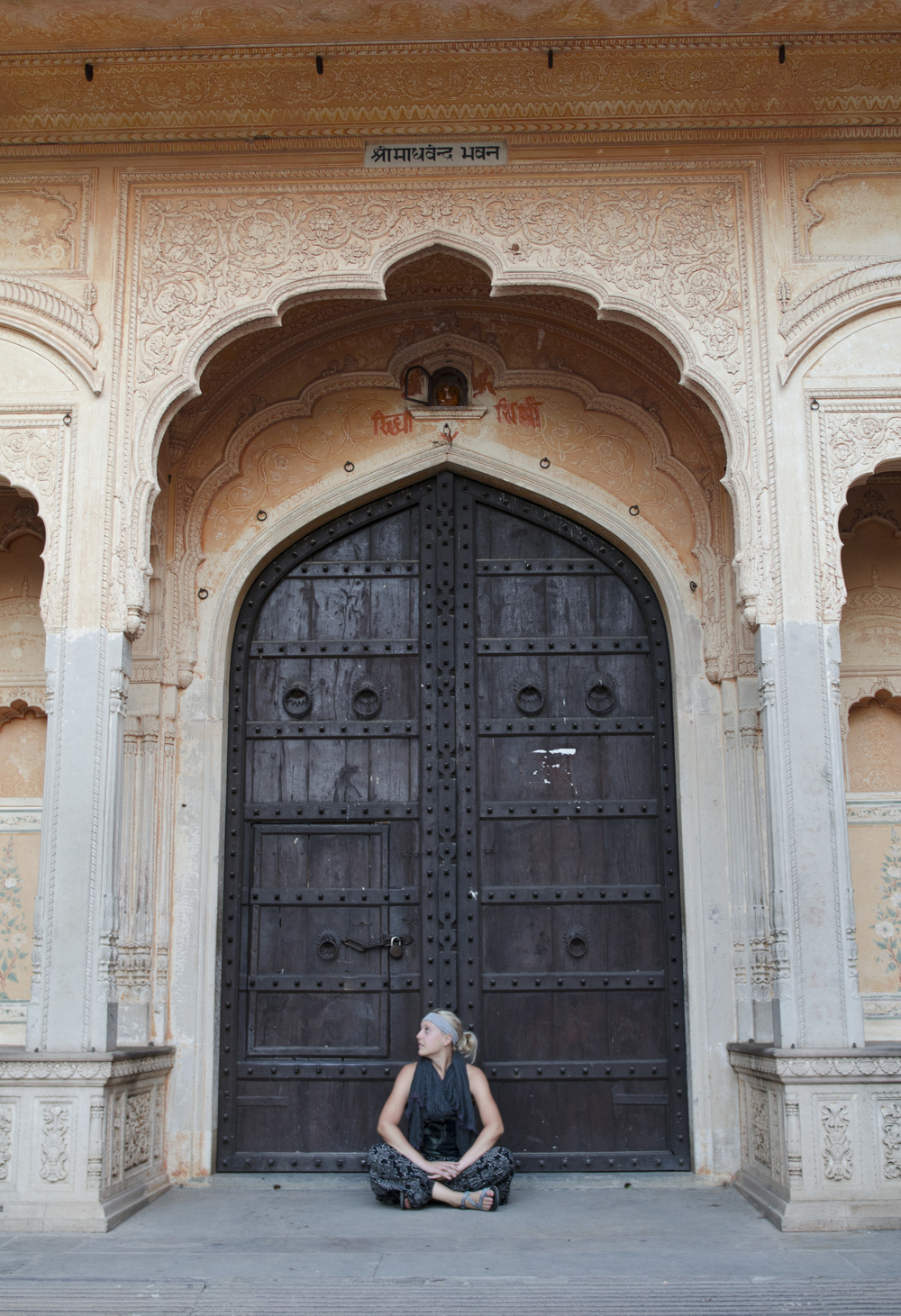 Our friend Sarah at Jaighur Fort. Twas sad to see graphiti on such a beautiful building.