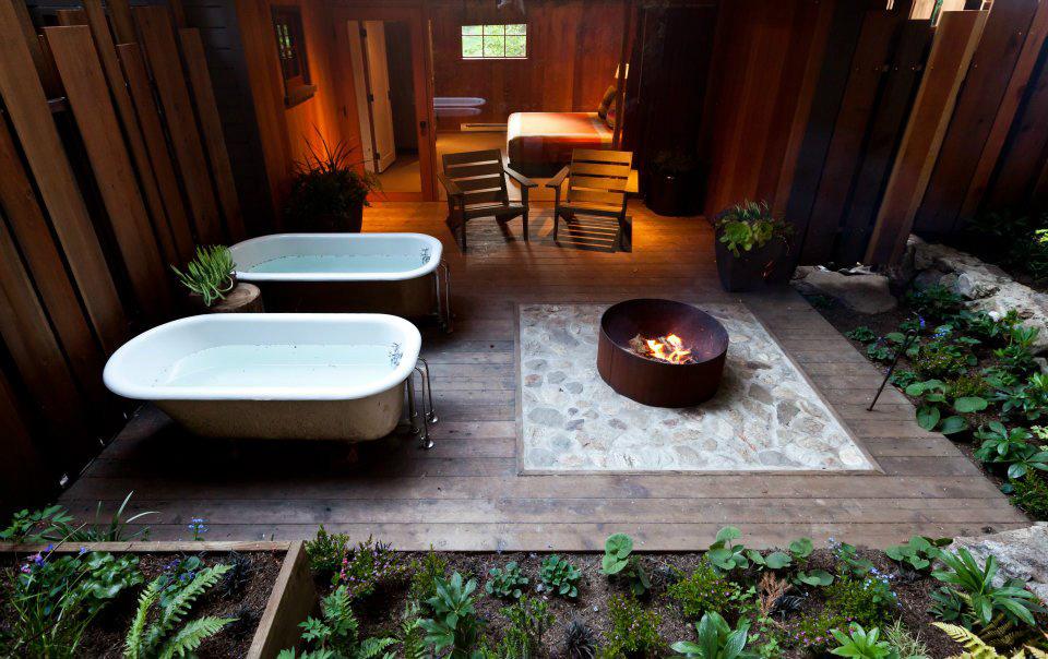 Big Sur Cabin at Oak Glen (photo credit: glamping.com)