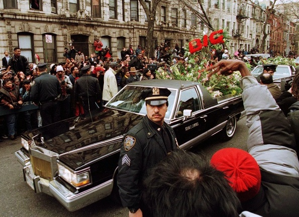 90shiphopraprnb :        The Notorious B.I.G's Funeral - 1997