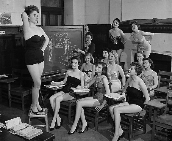 hollyhocksandtulips :      Beauty contestants learning the art of posing, 1955