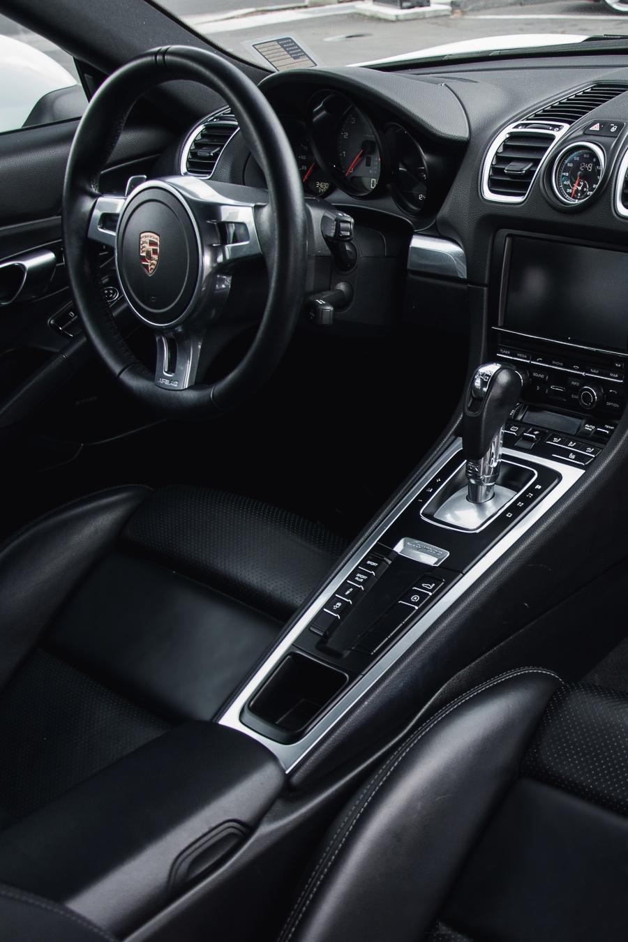 vistale: Porsche Cayman S | via