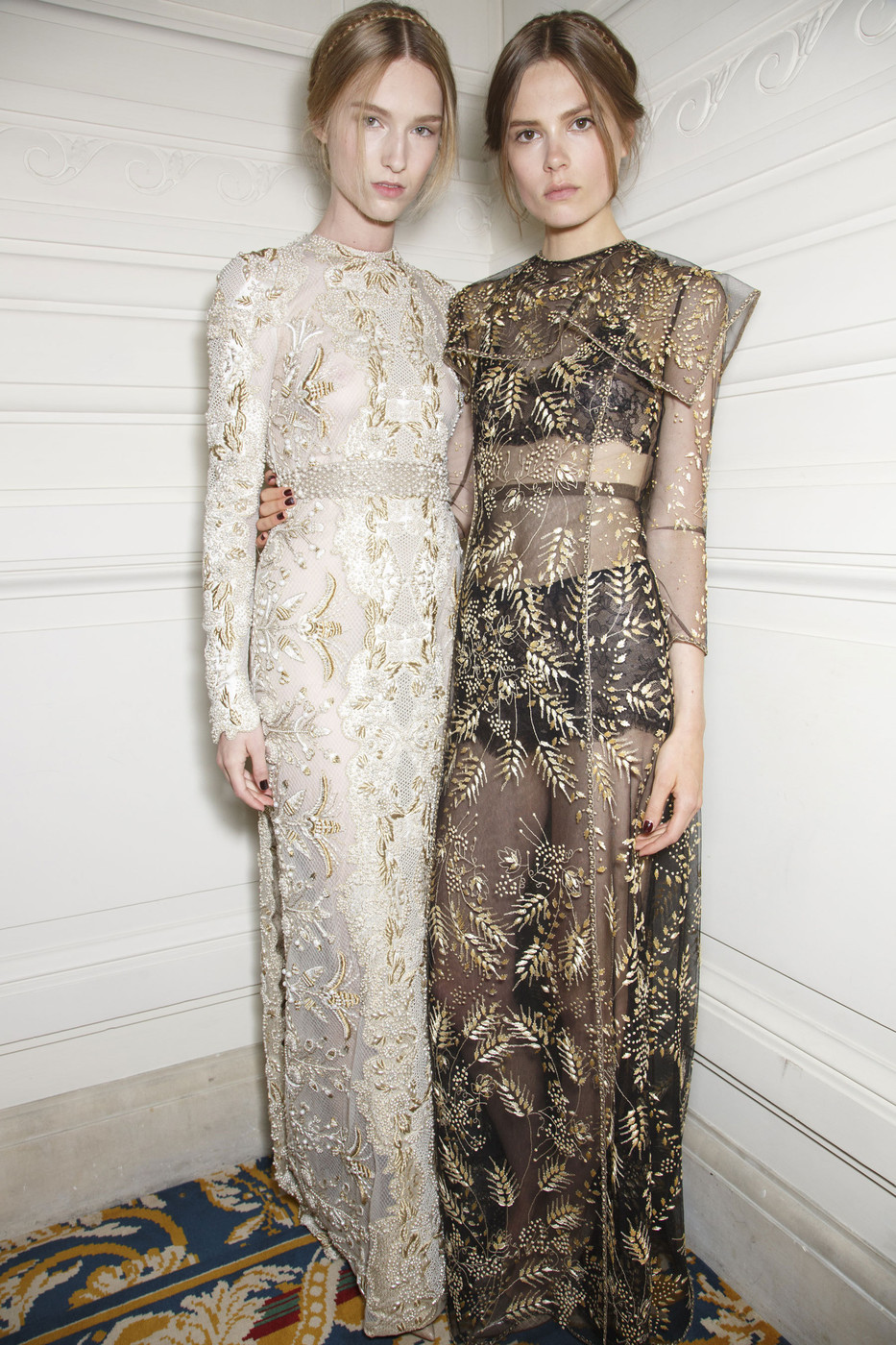 mulberry-cookies: Backstage @Valentino Haute Couture Fall 2013
