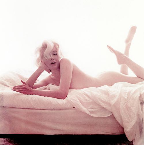 missmonroes :      Marilyn Monroe photographed by Bert Stern 1962