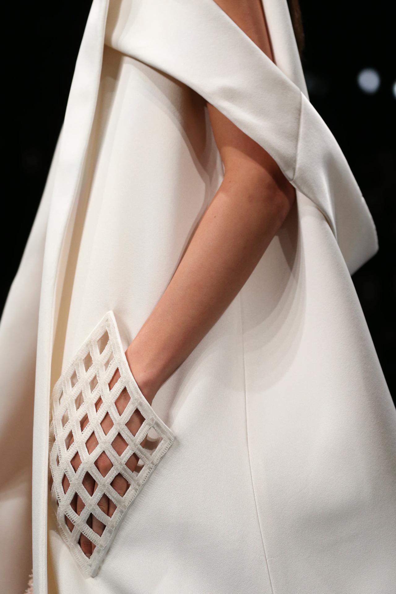girlannachronism :     Balenciaga spring 2015 rtw details