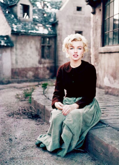 Marilyn Monroe photographed by Milton Greene, 1954