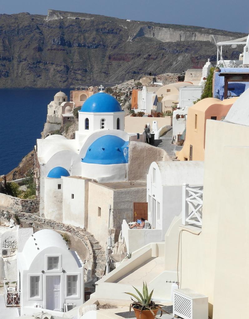 breathtakingdestinations :     Oia - Santorini - Greece (von  Bernard-G )