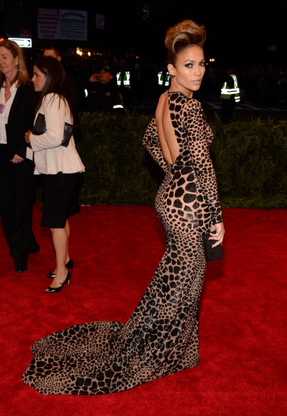 derriuspierre :      Jennifer Lopez attends the Costume Institute Gala for the 'PUNK: Chaos to Couture' exhibition at the Metropolitan Museum of Art on May 6, 2013 in New York City.