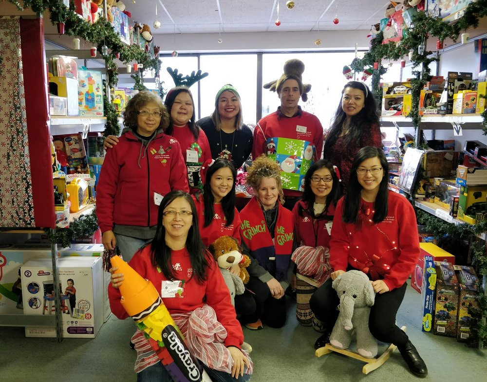 This year's awesome Toy Store and Registration Team.