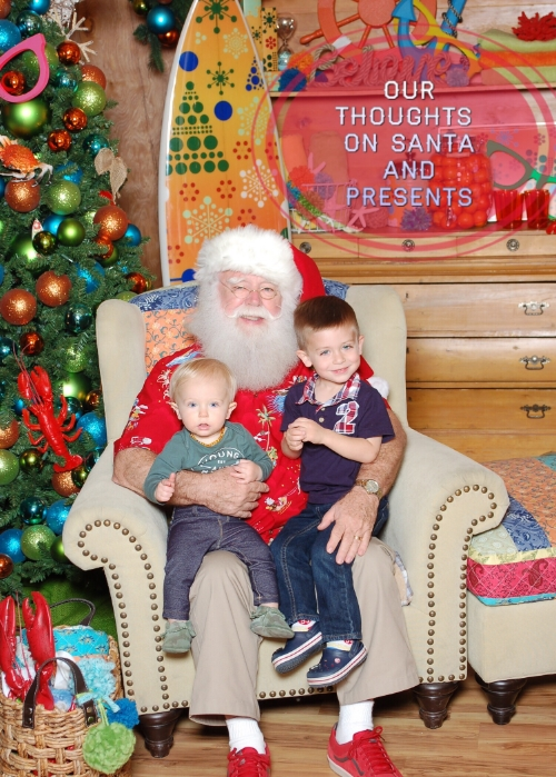 Max gave the mall Santa a thumbs up.