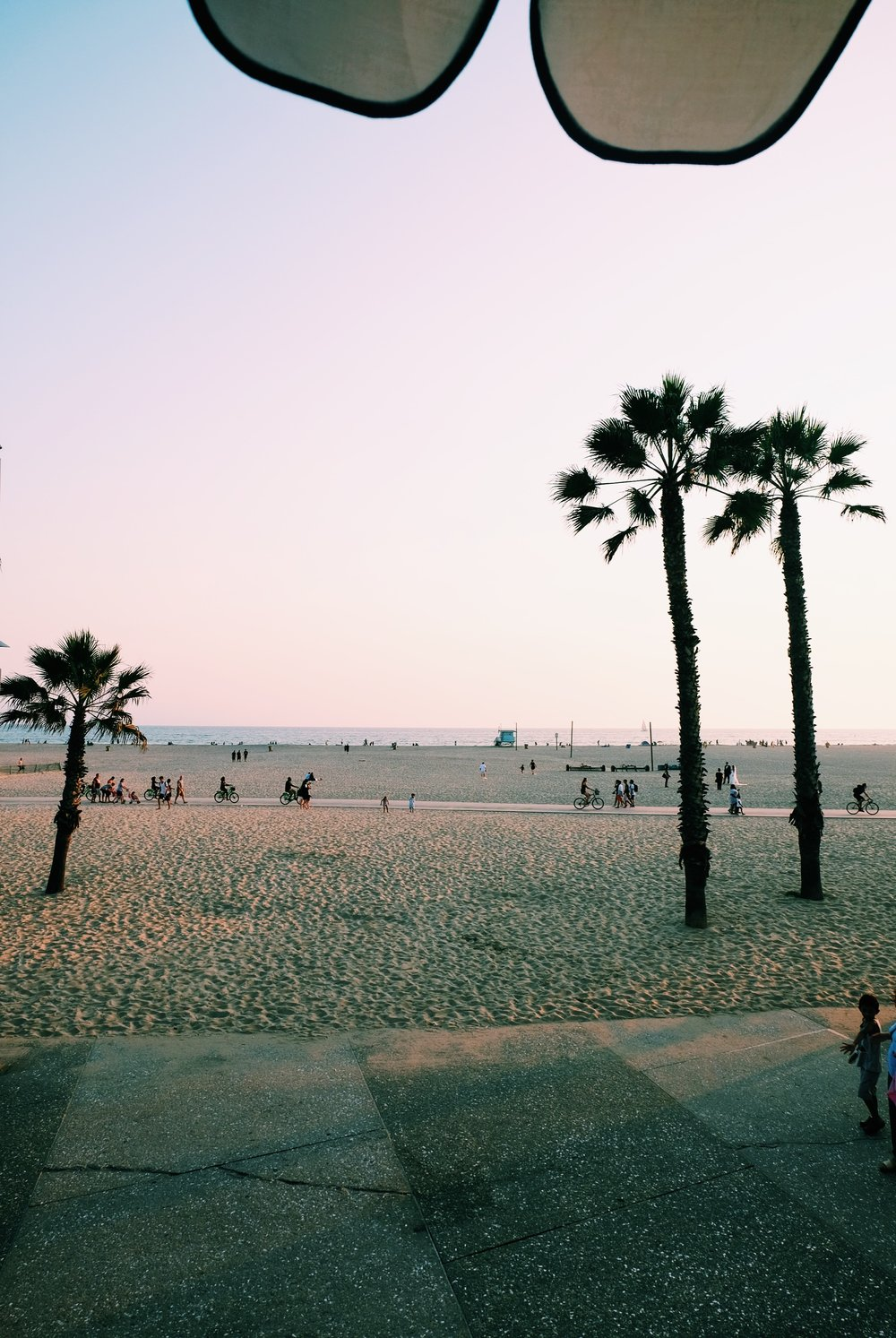 The Far & Near Travel Guide to Los Angeles