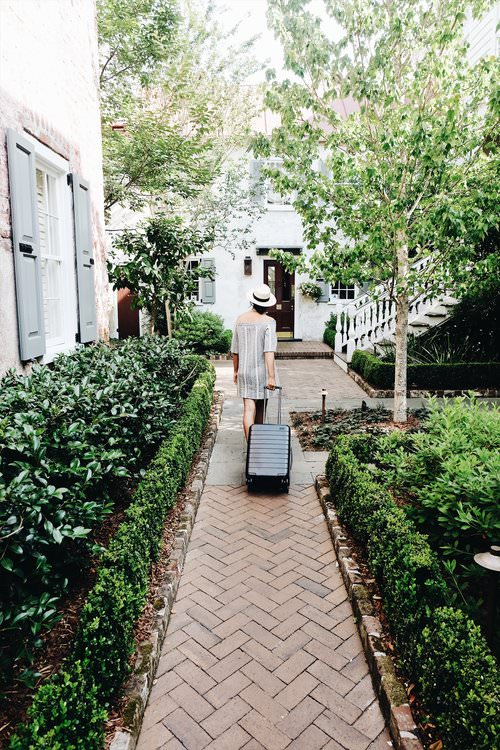 Travel Guide to Charleston with Away Luggage