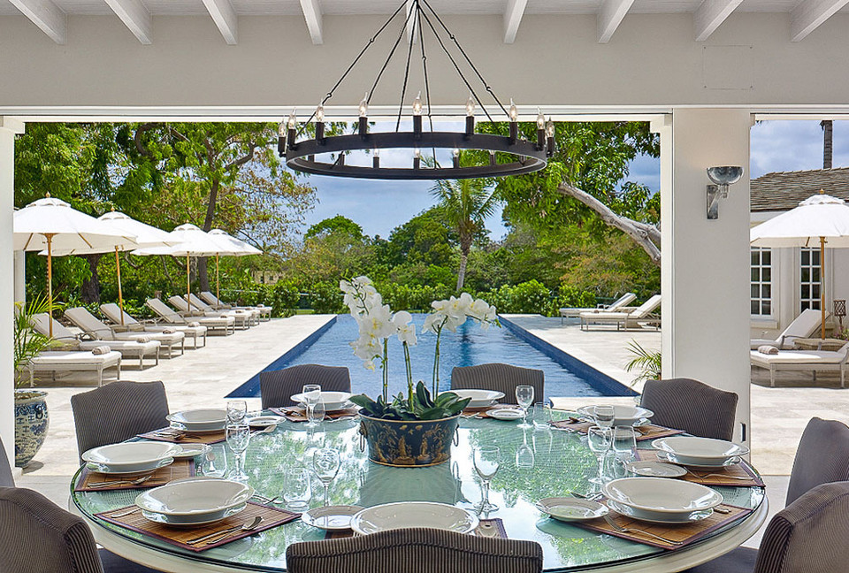 Al fresco gazebo overlooks the infinity pool