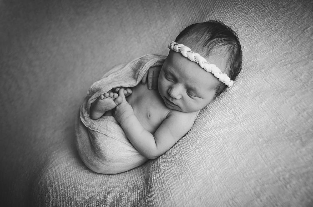 indianapolis-newborn-photos_0016.jpg