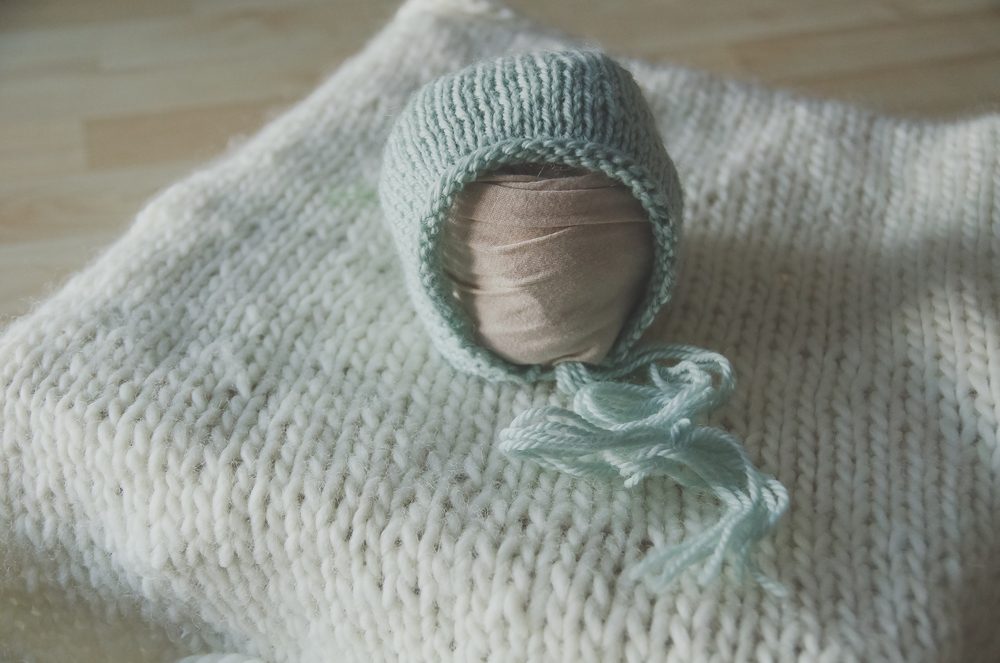 seafoam colored bonnet for newborn pictures