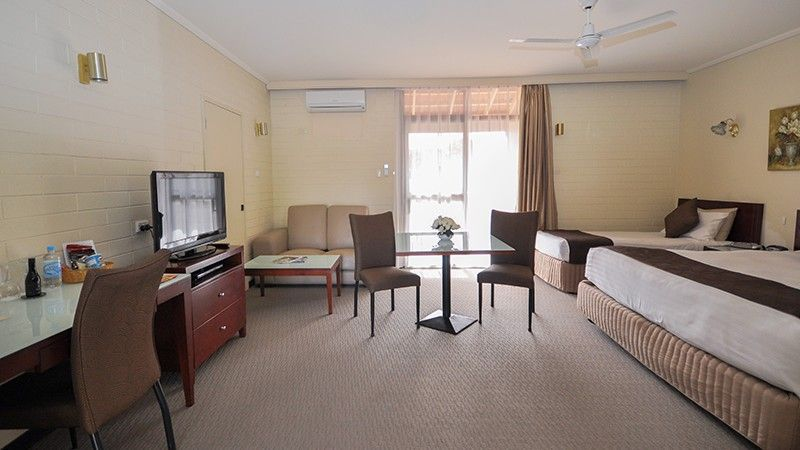 alexander motel whyalla executive king