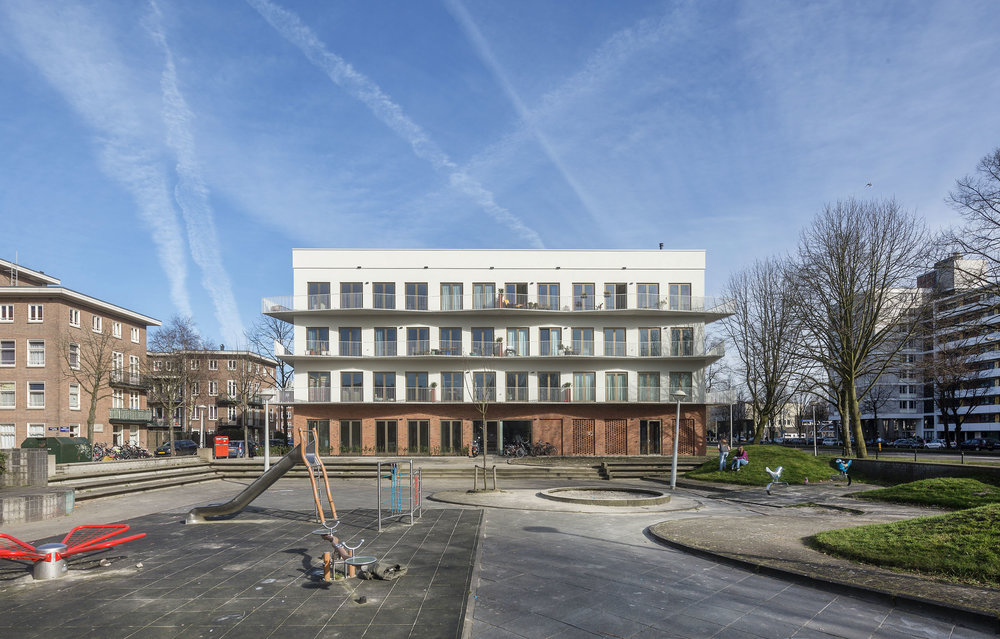 JFK Smartlofts: Transforming a former municipal office into a mixed community building