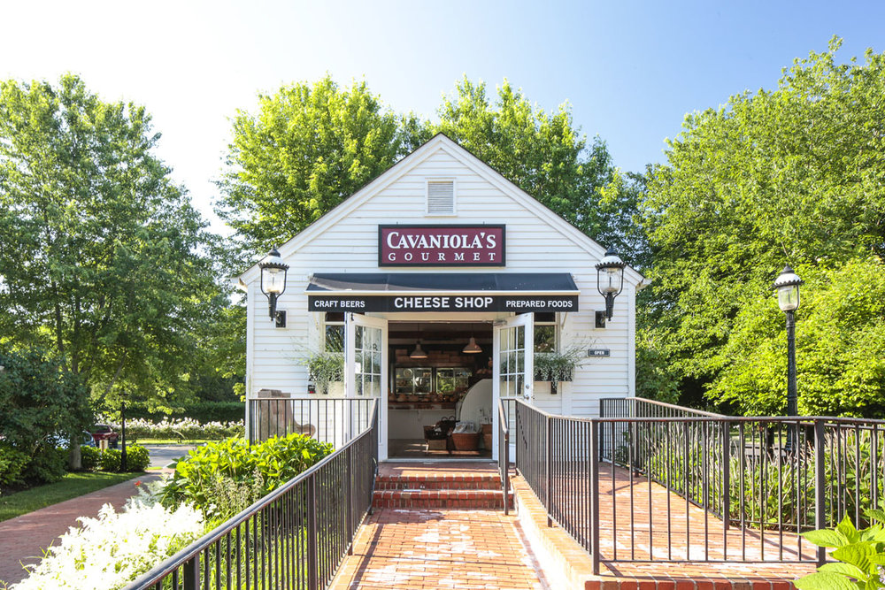 Hamptons_Amagansett_Square_Cavaniolas_Cheese_Shop_10.jpg