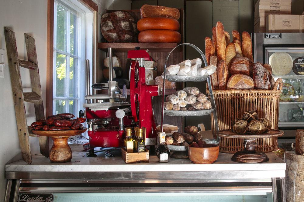 Cavaniola's Gourmet