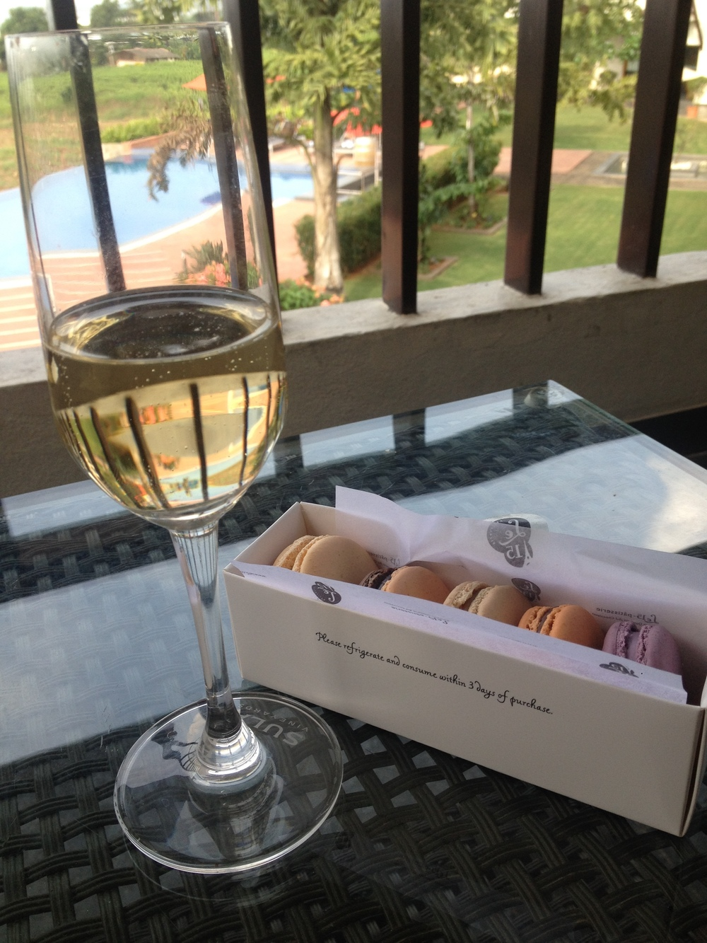 Sparkling wine and Macaroons