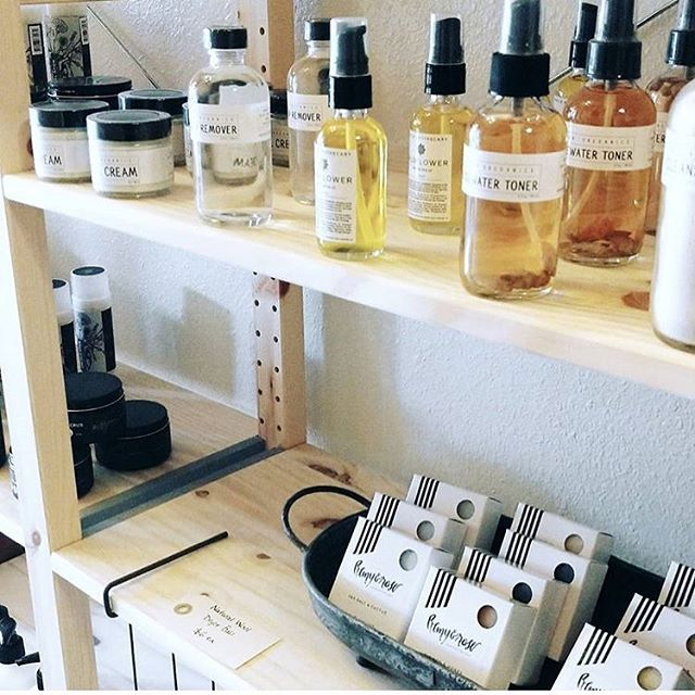 We're growing! We've added so many new wholesale accounts this season and we are so happy to be on @shopfreeleaf 's gorgeous shelves. Go show them some love if you're in the Greeley area! 📷: @shopfreeleaf . . . . . . . . #wholeapothecary #shoplocal #shopsmall #denver #colorado #handmade #organic #smallbusiness #smallbatch #vegan #allnatural #plants #naturelovers #naturelover #flowers #greenbeauty #beauty #beautyblogger #beautybloggers #bblogger #bbloggers #aromatherapy #essentialoils #naturalbeauty #skincare #handcrafted #selfcare #vsco #vscocam