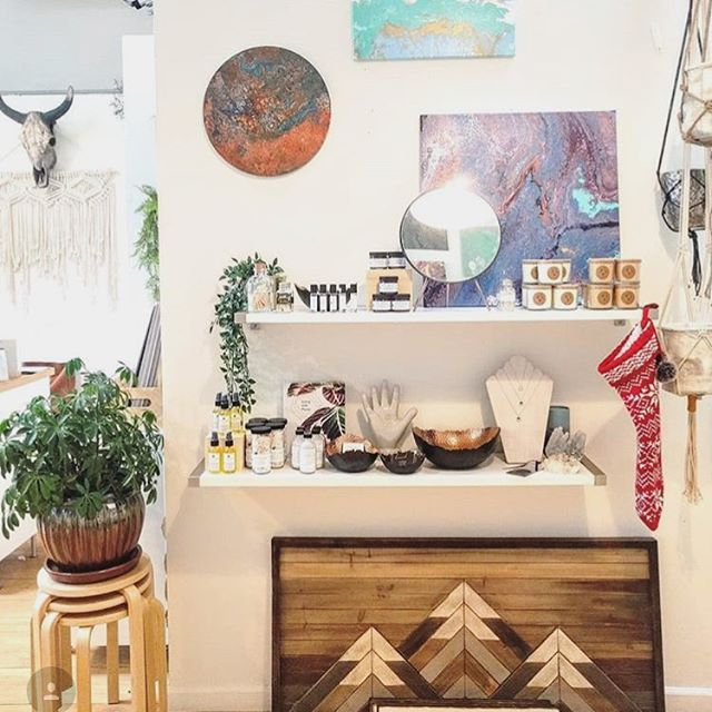 New stockist alert! Find our products at @candelariacandles in Denver! Candelaria candles have been a staple in our home forever. Now you can find all your last minute gifts in one place 🎄❤️ 📸: @candelariacandles . . . . . . . . . #wholeapothecary #happyholidays #shoplocal #shopsmall #handmade #handcrafted #denver #colorado #greenbeauty #organic #vegan #beautyblogger #bblogger #bbloggers #skincare #aromatherapy #facemask #allnatural #smallbusiness #smallbatch #naturelover #beauty #essentialoils #selfcare