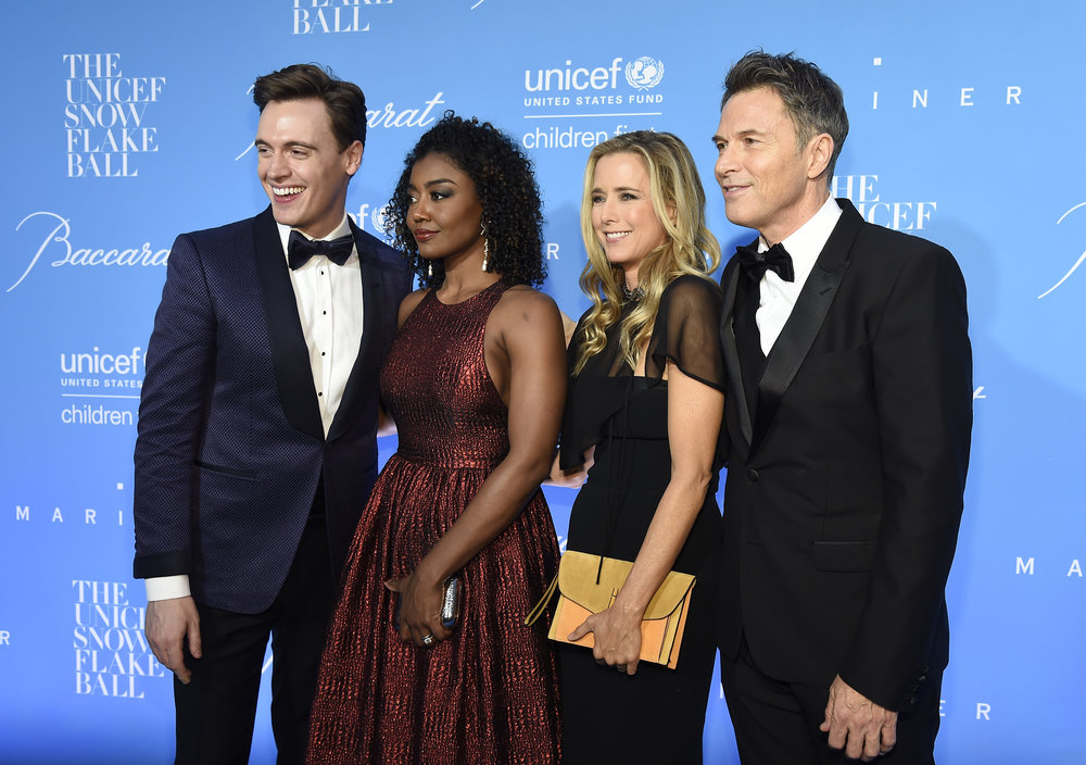 Erich Bergen, Patina Miller, Tea Leoni and Tim Daly attend the 12th annual UNICEF Snowflake Ball at Cipriani Wall Street on November 29, 2016 in New York City. (Photo by Kevin Mazur/Getty Images for UNICEF )