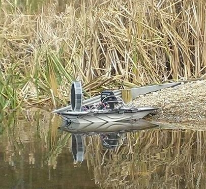 The Lutra-Airboat - No water is too shallow