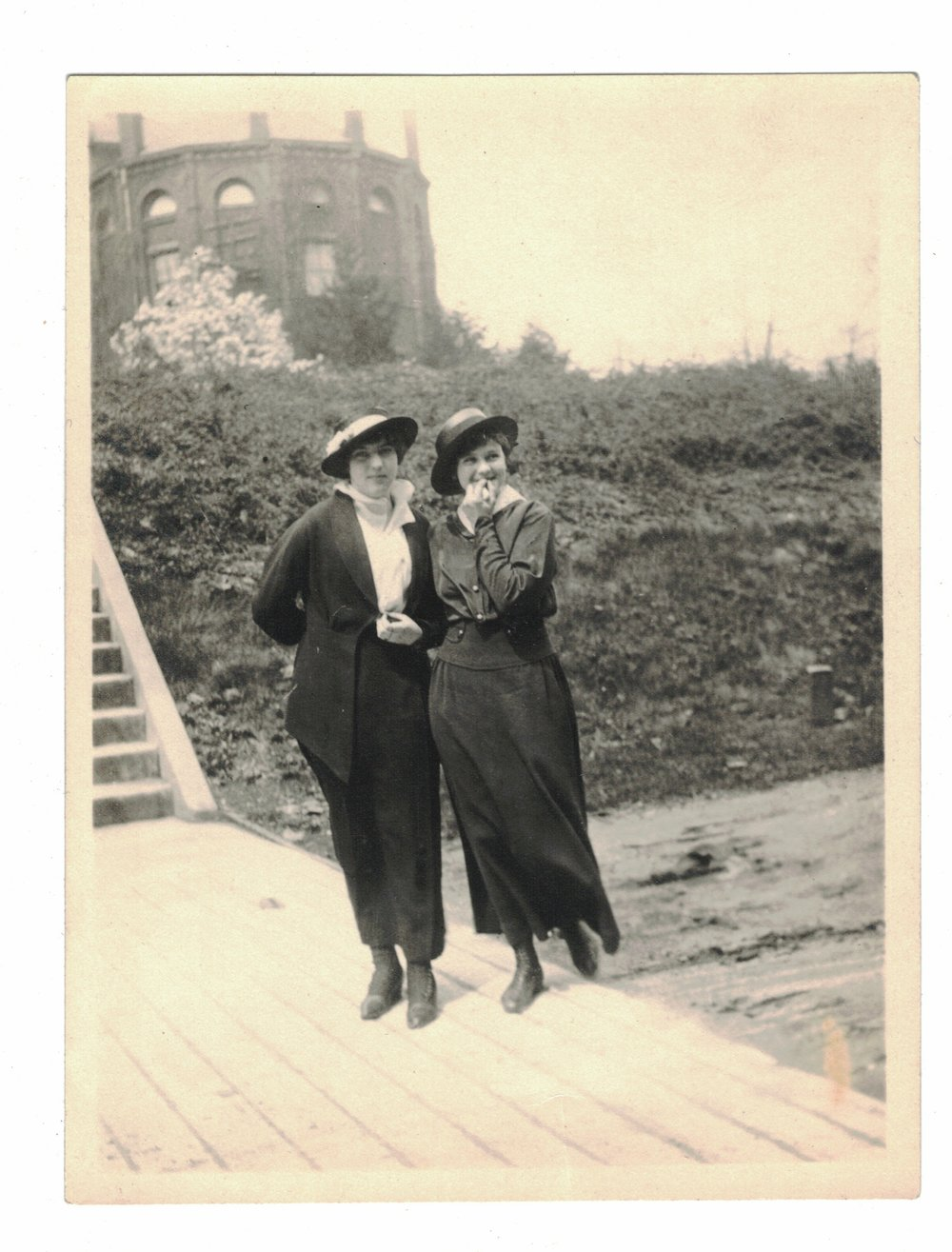 Evelyn Hazen (left) with friend outside of the Science Building.