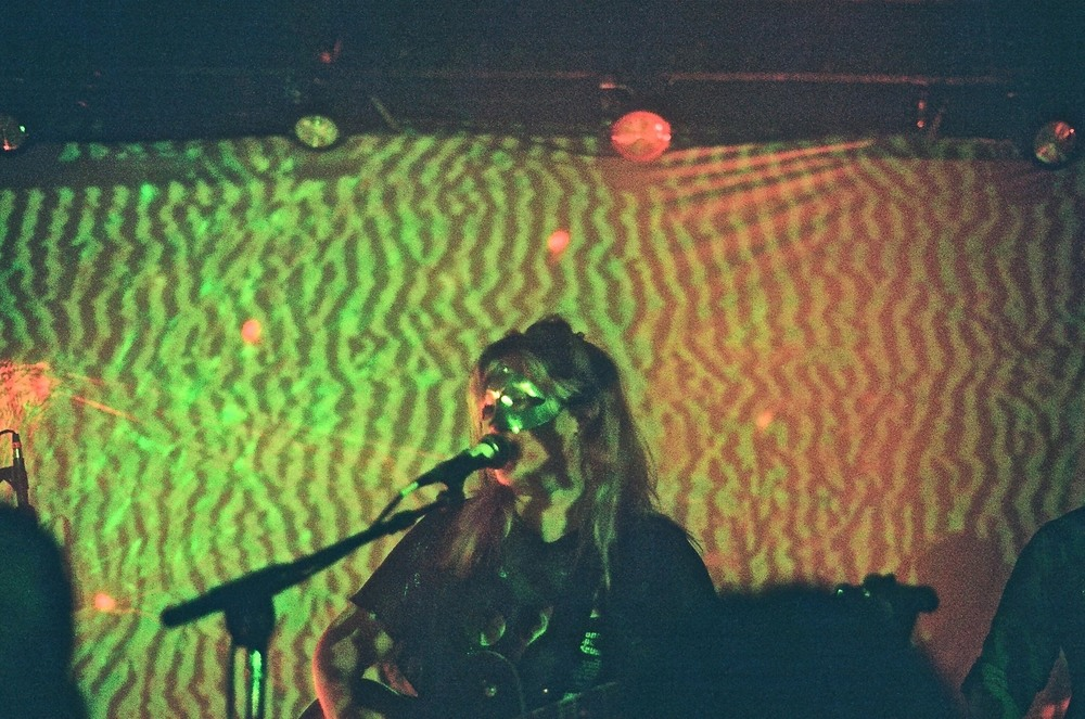 Photo: Elyse Mathes | Dexy Valentine from Magic Wands performing on Barracuda's indoor stage