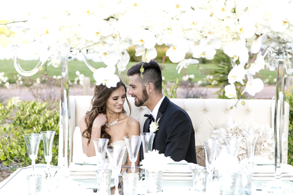Glamorous White Wedding | Michelle Garibay Events | Ponte Vineyard Inn