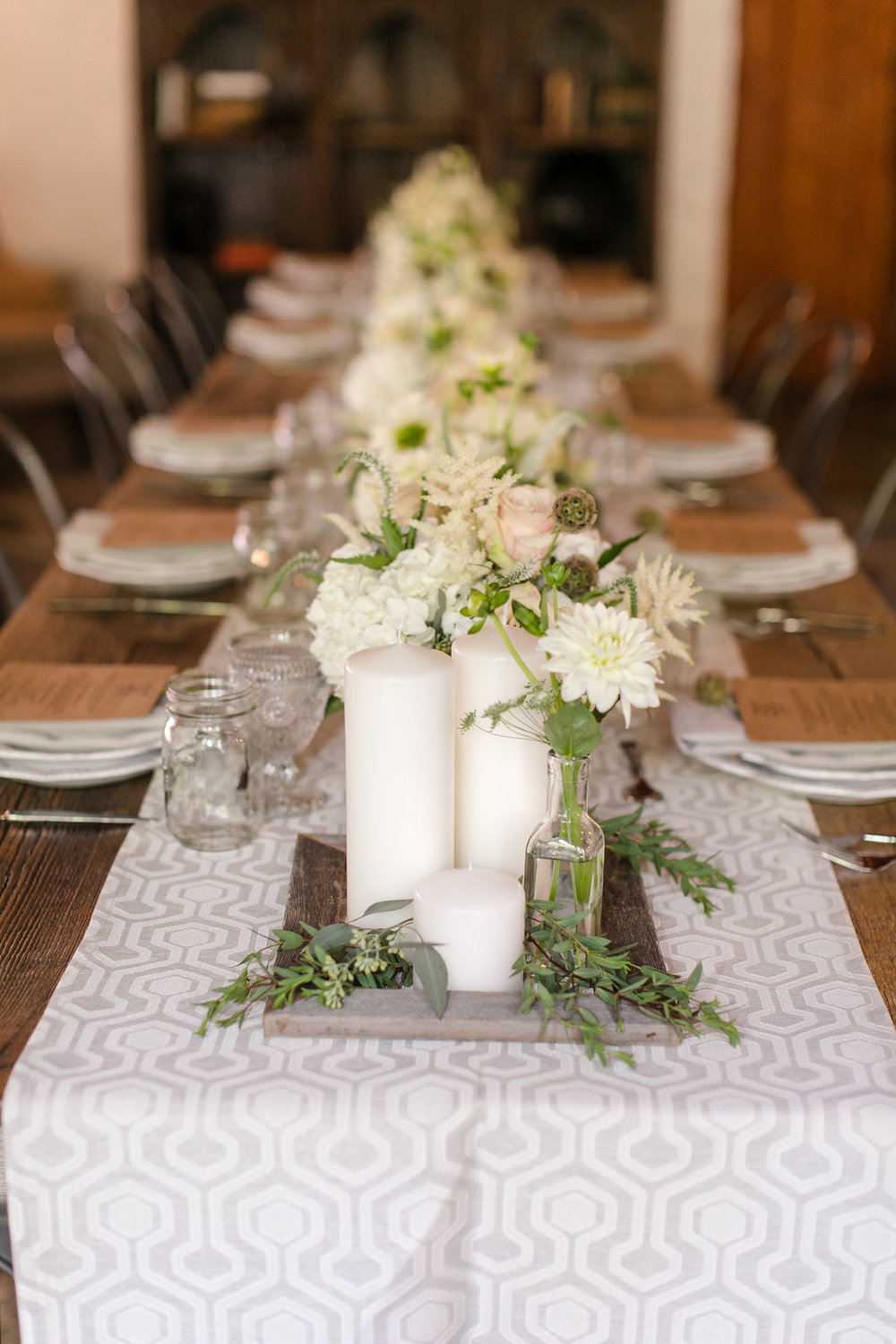 Ivory Centerpiece Design | Michelle Garibay Events