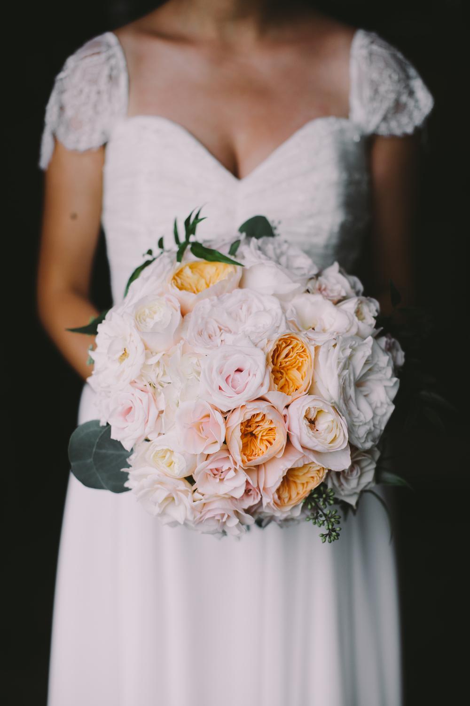 Peach Bride's Bouquet | Boho Chic Oahu Beachfront Wedding | Michelle Garibay Events
