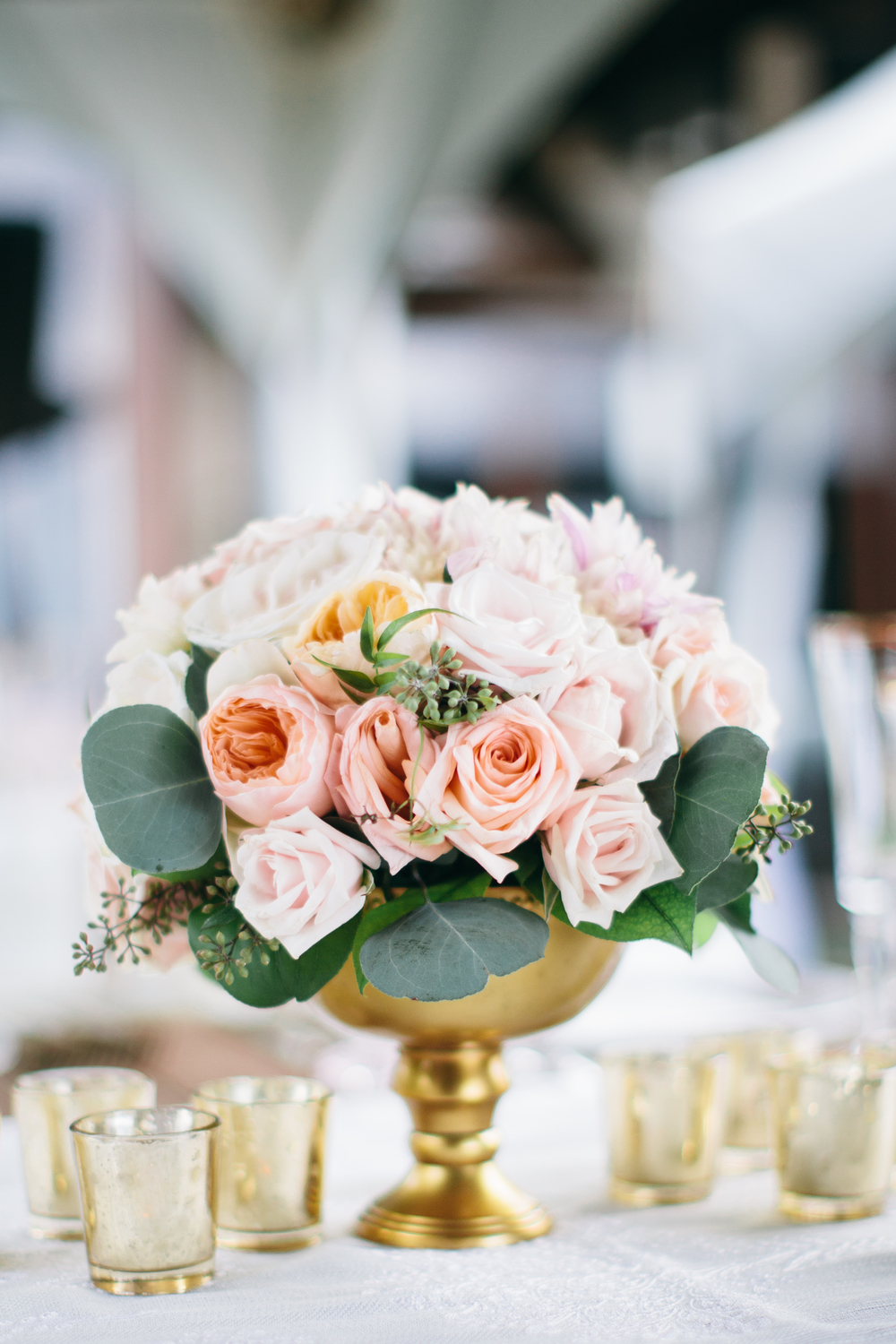 Peach and Gold Centerpiece | Boho Chic Oahu Beachfront Wedding | Michelle Garibay Events