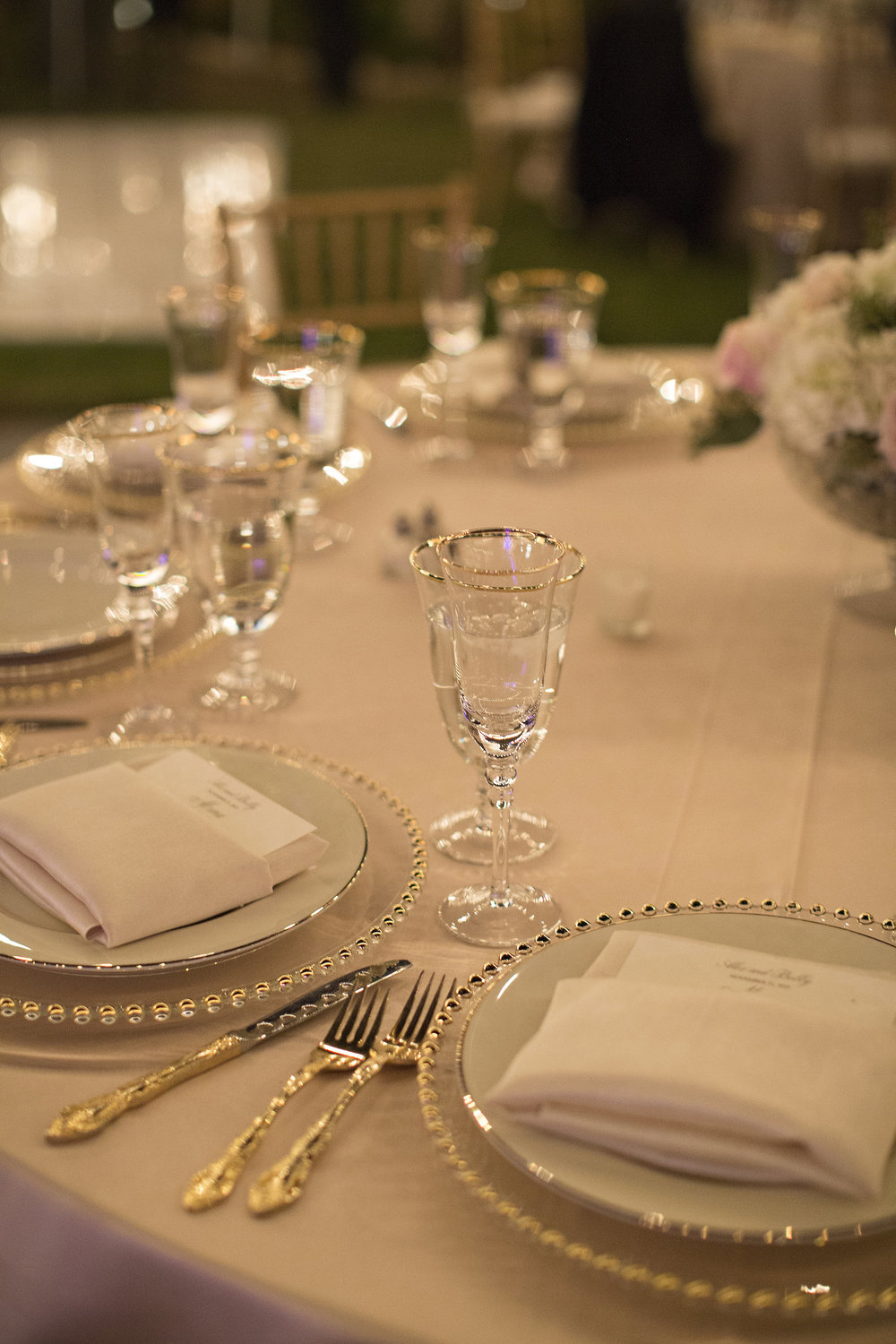 Gold and White Tablescape | Temecula Private Estate Wedding | Michelle Garibay Events