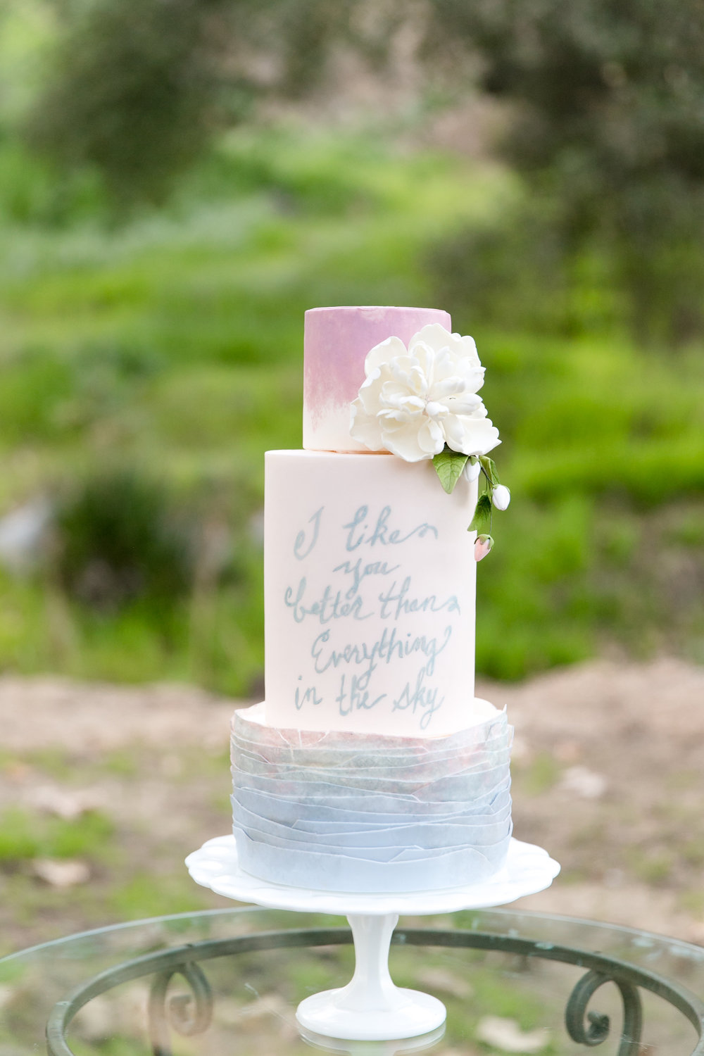 Whimsical Romantic Wedding Inspiration in Blush and Blue | Leah Marie Photography | Michelle Garibay Events