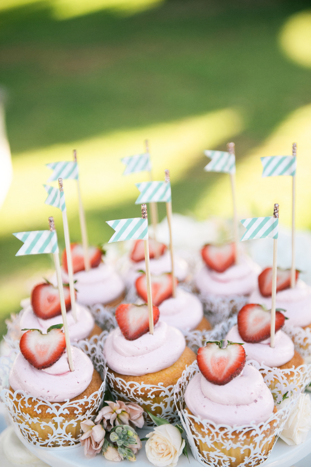 Michelle Garibay Events | Modern Vintage Hawaii Wedding | Oahu Destination Wedding | Strawberry Cupcakes with Striped Flags