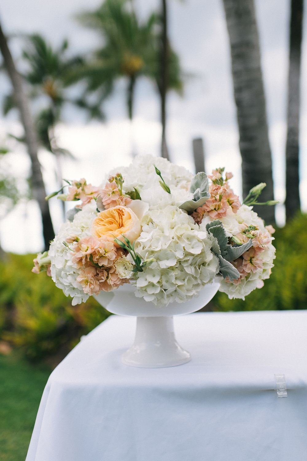 Michelle Garibay Events | Modern Vintage Hawaii Wedding | Oahu Destination Wedding | Peach and Gray Wedding