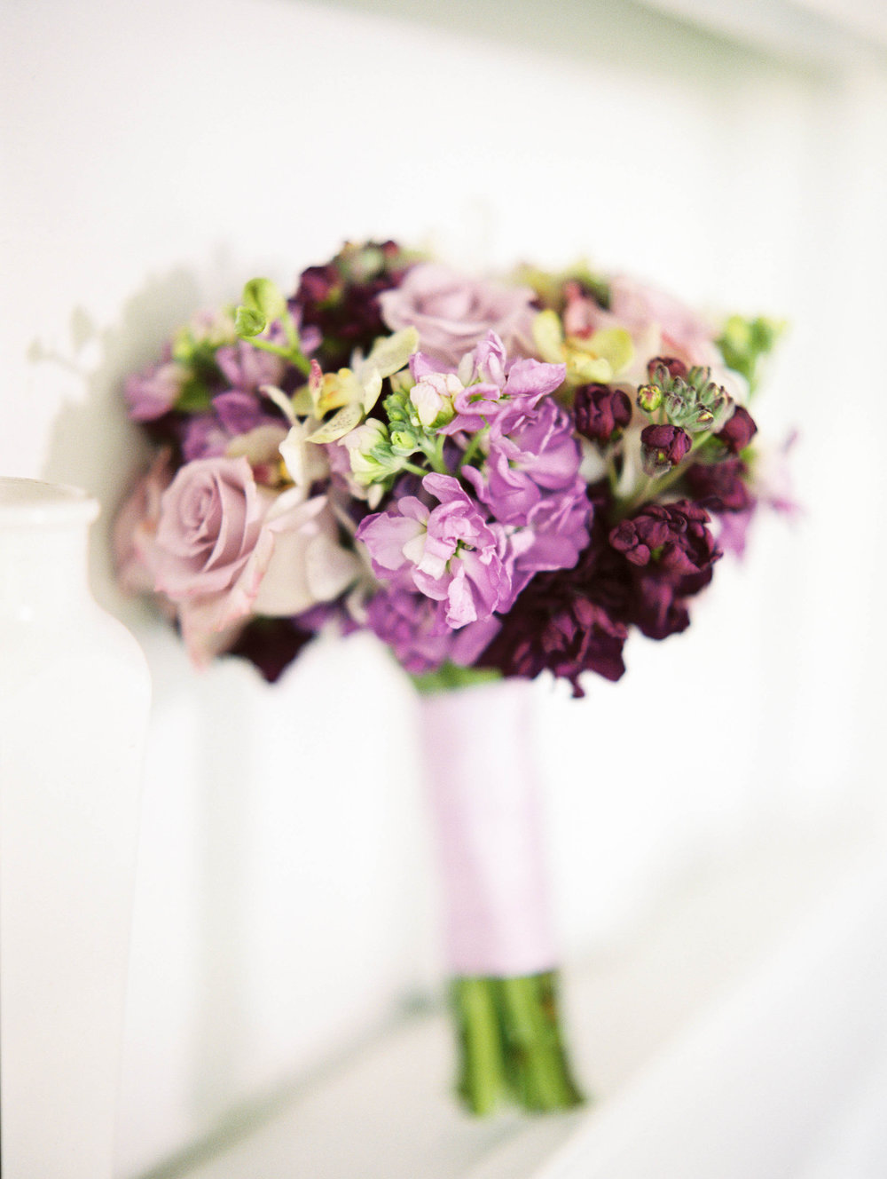 Michelle Garibay Events | Elegant Oahu Wedding | Loulu Palm Estate | Purple Wedding Bouquet