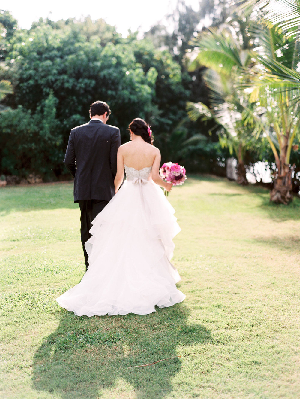 Michelle Garibay Events | Elegant Oahu Wedding | Loulu Palm Estate | Destination Wedding Planner