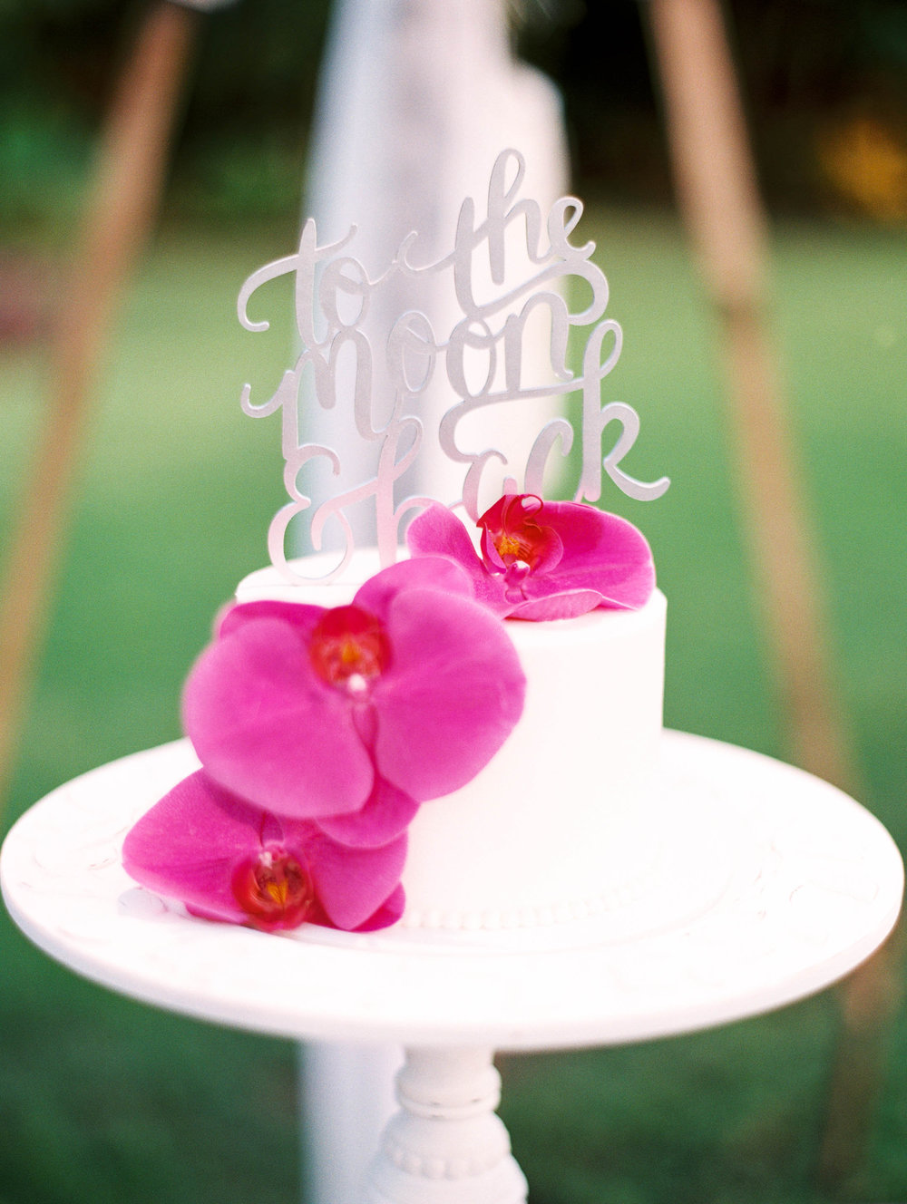 Michelle Garibay Events | Elegant Oahu Wedding | Loulu Palm Estate | Destination Wedding Planner | Purple Orchid Wedding Cake