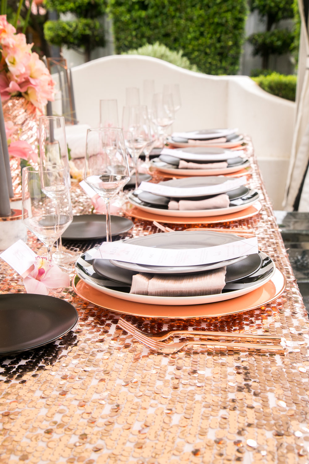 Modern Glamour in Rose Gold, Black and Gray | Ashley La Prade Photography | Michelle Garibay Events