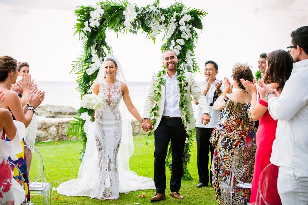 Lanikuhonua Oahu Destination Wedding | Kayla Maree Photography | Michelle Garibay Events